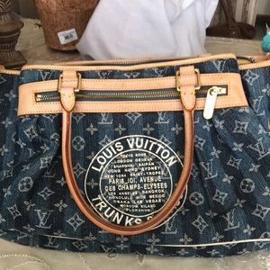 Louis Vuitton Porte Cabas Monogram shoulder bag